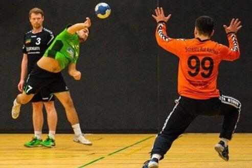 Handball Slide 2-noresize